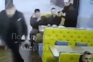 В Башкортостане парень начал стрелять в хозяина кафе из пистолета