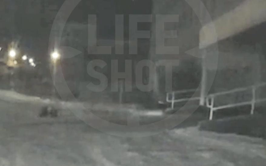 Больного мужчину выбросили из «скорой» в сугроб на Урале