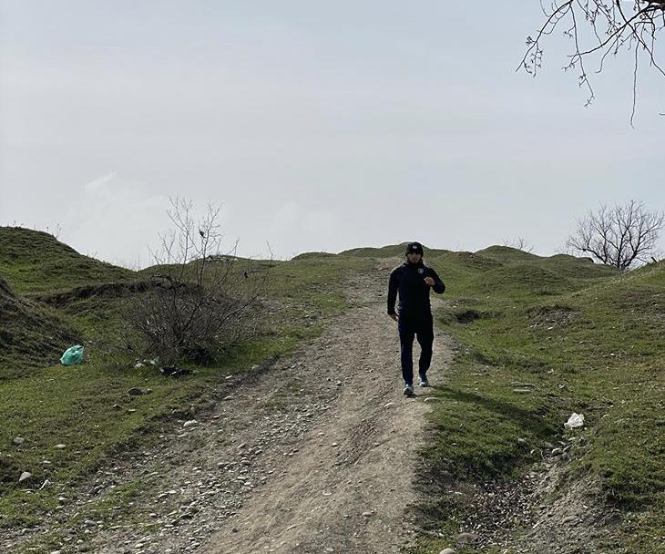Нурмагомедов показал место, где тренировался в детстве
