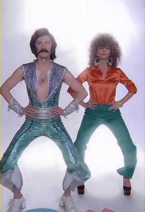 Звезды ТВ Гудков и Варнава с успехом повторили танец из песни «Uno»
