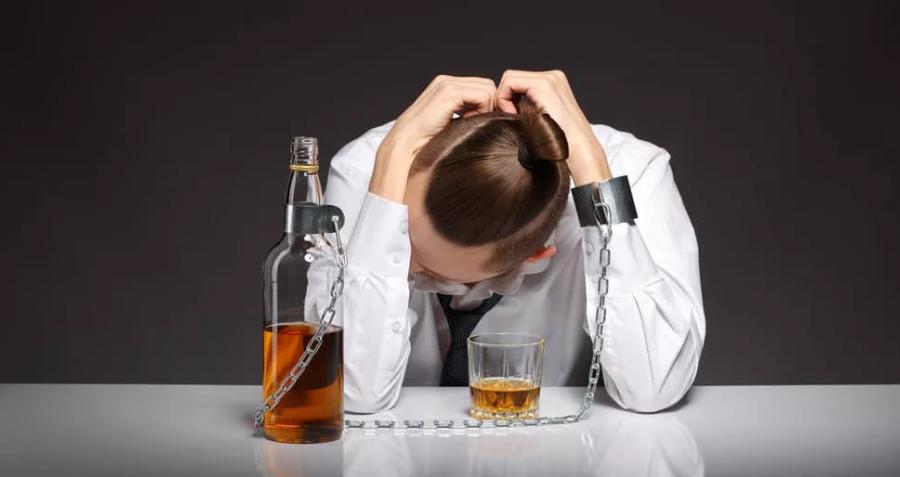 В России ограничивают продажу спиртного — Выдержит ли население трезвую самоизоляцию?