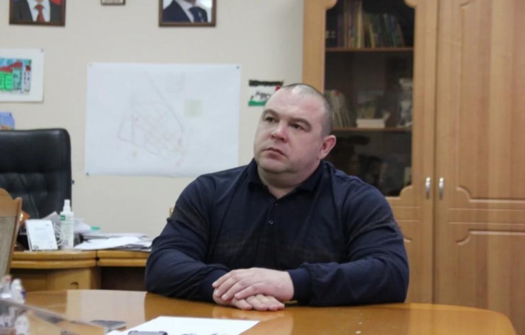 Подпольный субботник в масках и презервативах призвал провести горожан мэр Невинномысска