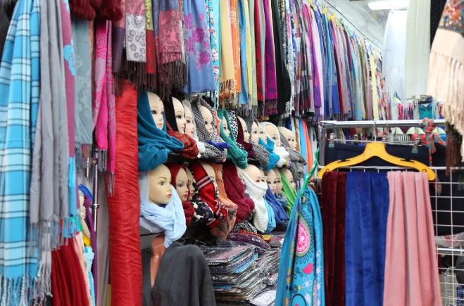 Руководство пятигорского рынка «Лира» разрешило забрать свой товар арендаторам