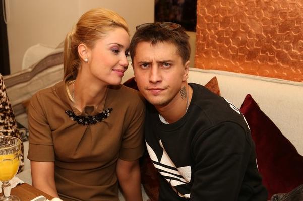 Павел Прилучный и Агата Муцениеце официально разведены