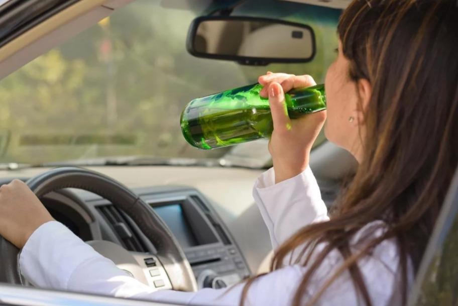 На Ставрополье женщина села за руль после двух выпитых литров пива
