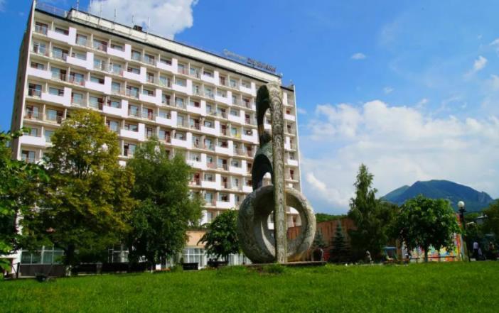 Сегодня на территории железноводского санатория «Дубрава» открывается дендропарк