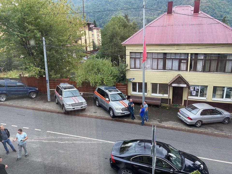 Штаб по поиску 11 туристов лично возглавил мэр Сочи
