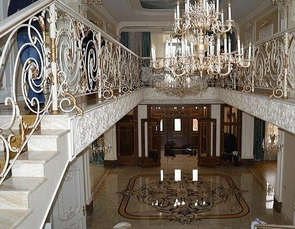 Особняк за 152 млн. рублей экс-министра строительства Ставропольского края продадут на аукционе