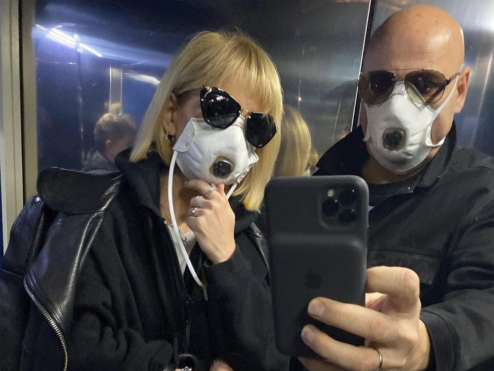 Добровольно ушли на карантин продюсер Пригожин и певица Валерия