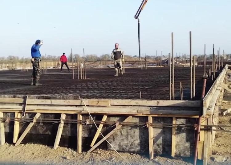 Новую школу начали строить в Георгиевском округе