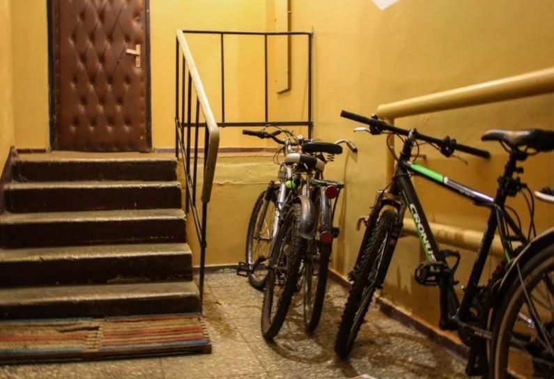 Штрафы за велосипеды в подъездах грозят жильцам ставропольских многоэтажек