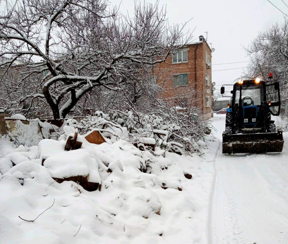 Регоператор направил технику на вывоз 2 тысяч тонн свалок в Георгиевске