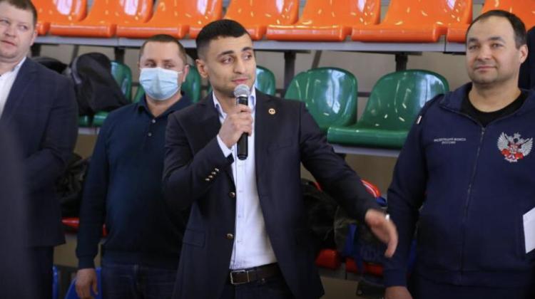 Боксёр Давид Аванесян пообщался с юными спортсменами в Пятигорске